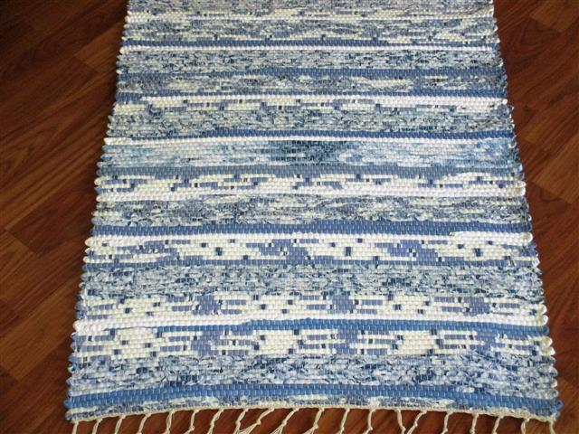 Blue, White 2 x 3 ft. Kitchen And Bath Rug