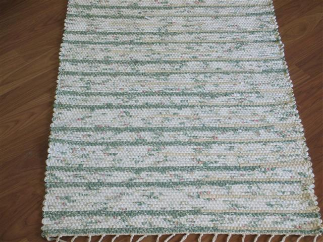 Green, White, Rose, Beige 2 x 3 ft. Kitchen And Bath Rug
