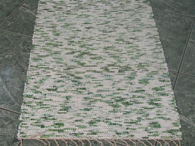 Green, White 2 x 3 ft. Kitchen And Bath Rug