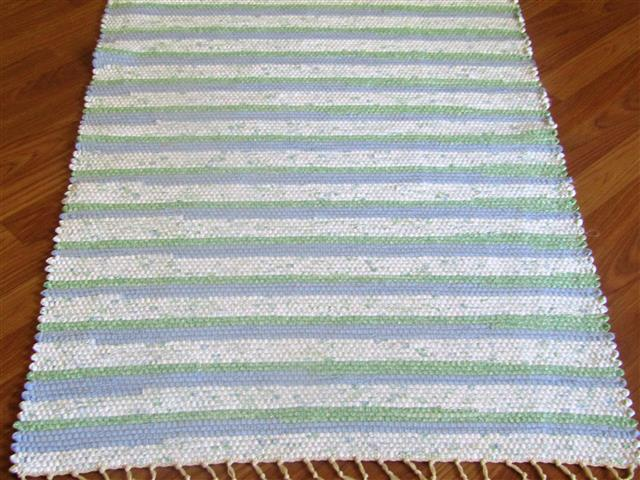 White, Blue, Green 2½ x 3½ ft. Kitchen And Bath Rug
