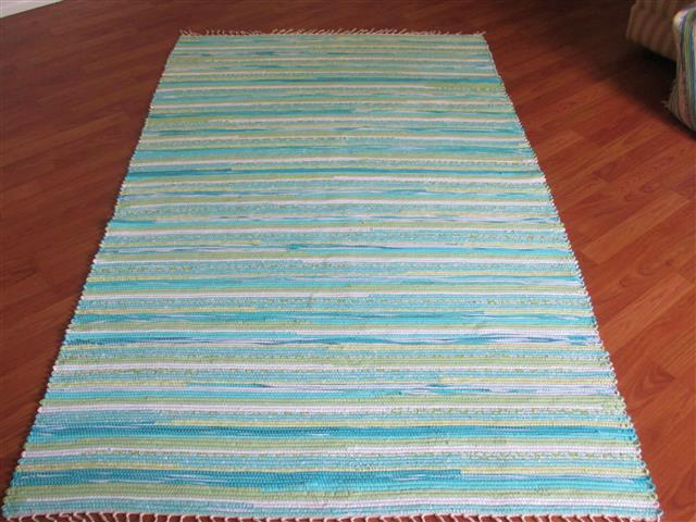 Aqua, Green, White 4 x 6 ft. Area Rug
