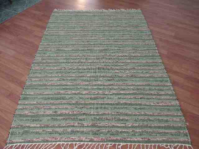 Green, Rose 4 x 6 ft. Area Rug