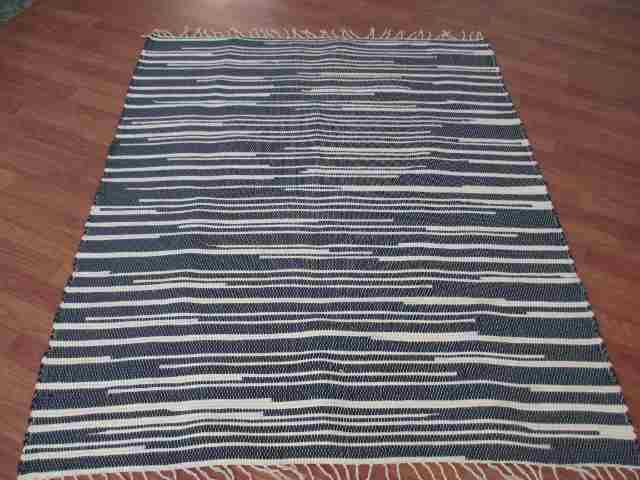 Navy, White 4 x 6 ft. Area Rug