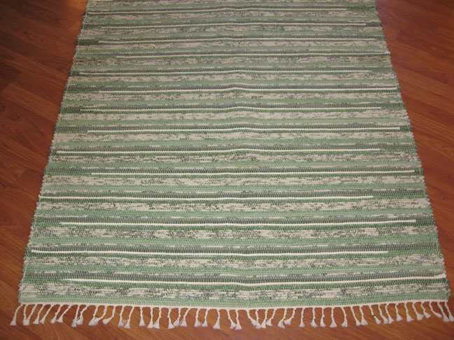 Green, Aqua, White 4 x 6 ft. Area Rug