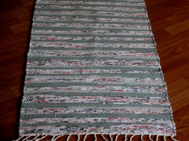 Sage, White, Rose 2 x 3 ft. Kitchen And Bath Rug